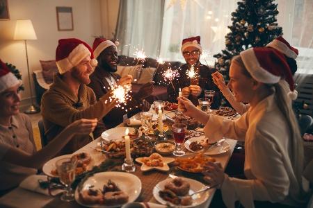 christmas-on-a-budget-1.jpg